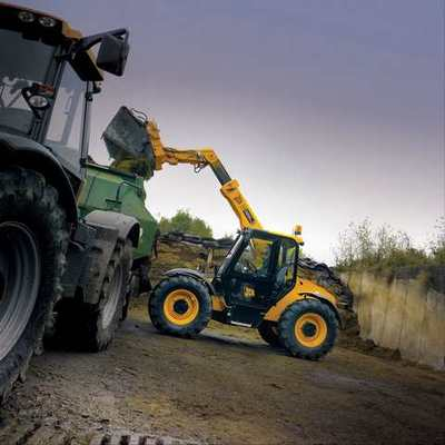 Enrichment of the JCB 526-56 by AGRI Plus
