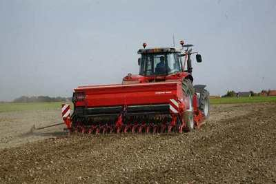 New Kuhn Premia 3000 and 4000 seed drills